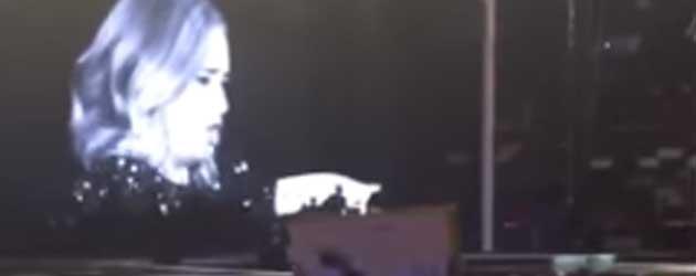 Adele Nogal Boos Op Fan Tijdens Concert