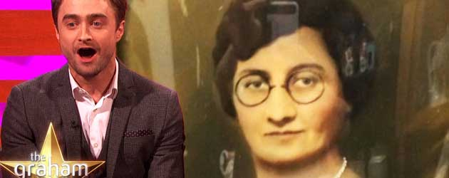 Daniel Radcliffe lijkt echt op heel veel oude vrouwen van vroeger