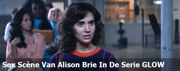 Sex Scène Van Alison Brie In De Serie GLOW