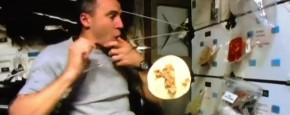 Burrito's Maken In De Ruimte Is Knap Lastig
