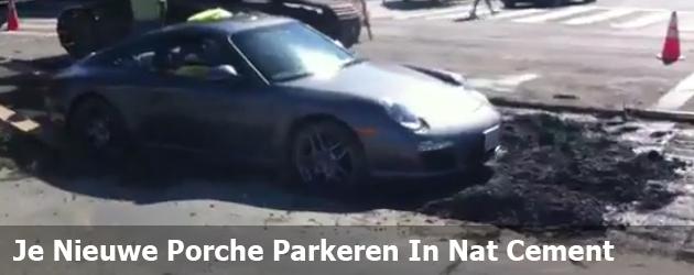 Je Nieuwe Porche Parkeren In Nat Cement