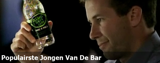 Populairste Jongen Van De Bar
