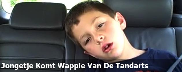 Jongetje Komt Wappie Van De Tandarts
