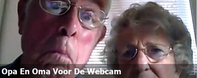 Opa En Oma Voor De Webcam