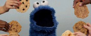 Cookie Monster Doet Call Me Maybe