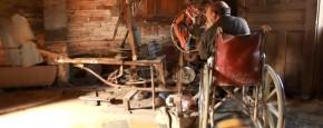Schattig Momentje Van De Dag: Agustin bouwt zin eigen helicopter