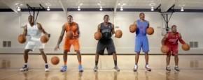 NBA-ers Maken Kerstlied Met Basketballen