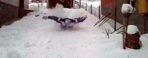 Deze Man Doet Aan Sneeuwzwemmen