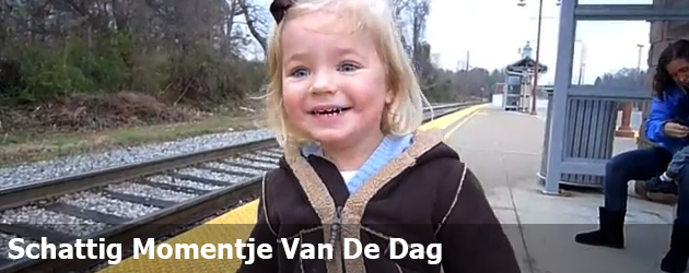 Schattig Momentje Van De Dag ; voor het eerst met de trein