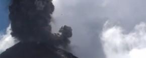 En De Guatemala Vulkaan Doet Boem!