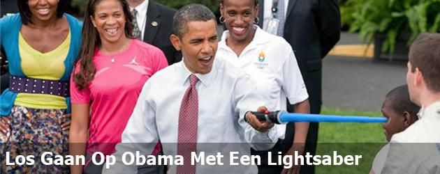 Los Gaan Op Obama Met Een Lightsaber