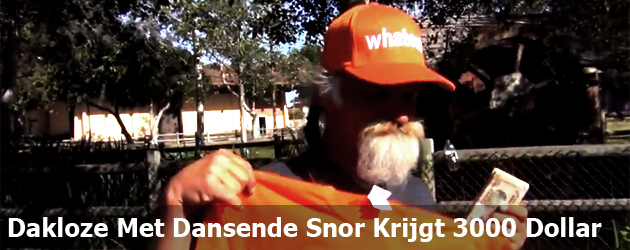 Dakloze Met Dansende Snor Krijgt 3000 Dollar