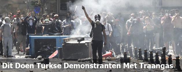 Dit Doen Turkse Demonstranten Met Traangas