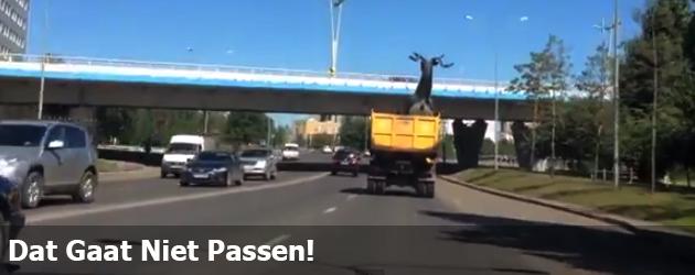 Dat Gaat Niet Passen!