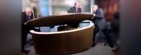 Heftig Tafelgevecht Tijdens Syrische Talkshow