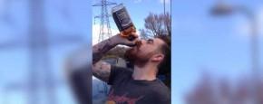 Echt Of Nep? Een Fles Whiskey Leeg Drinken