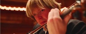 Klassiek Orkest Eet Chilipeper En Speelt