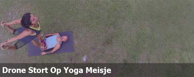 Drone Stort Op Yoga Meisje