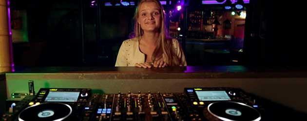 Wat Jij Ziet, En Wat De DJ Ziet