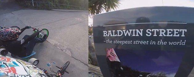 Trike Drifting Op De Steilste Straat Ter Wereld