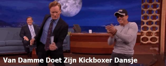 Van Damme Doet Zijn Kickboxer Dansje