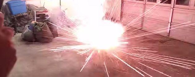 Vuurwerk In Je Garage Is Nooit Een Goed Idee