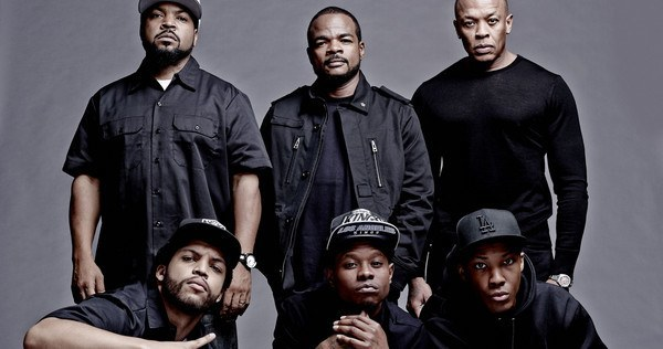 Review - Straight Outta Compton