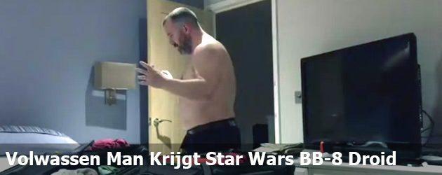 Volwassen Man Krijgt Star Wars BB-8 Droid