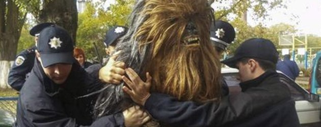 Chewbacca Is Gearresteerd In De Oekraine