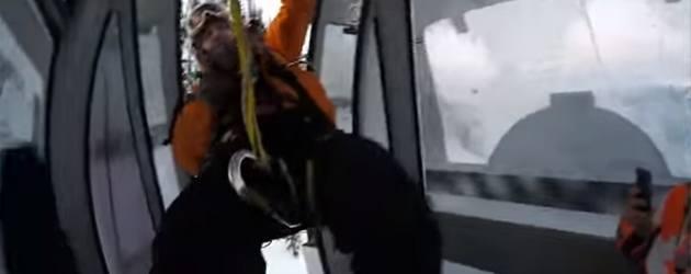 Spectaculair Redding Met Uit Een Skilift