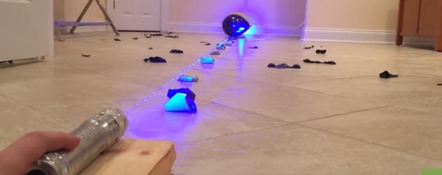 Spul Vernietigen Met De Home Made Laser Gun