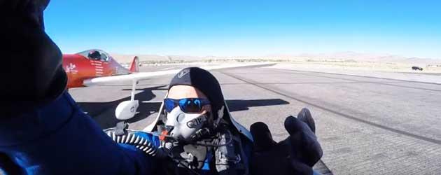 Vliegtuig Crasht Tijdens Formule 1 Race