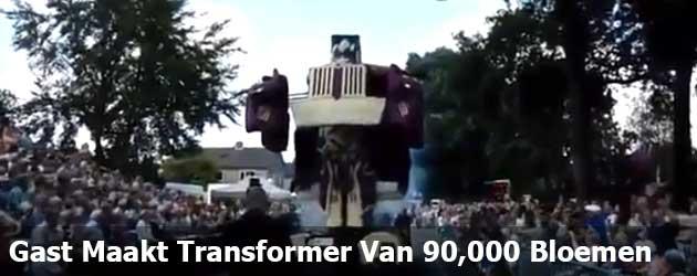 Gast Maakt Transformer Van 90,000 Bloemen
