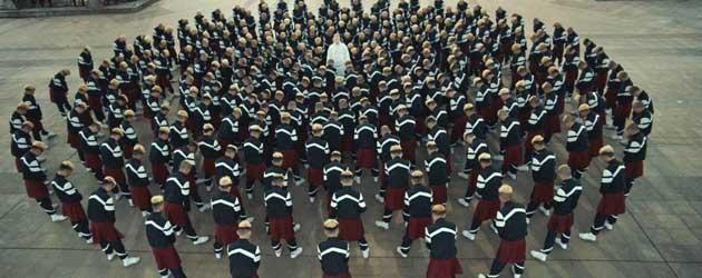 De prachtige videoclip van Jamie XX die iedereen gezien moet hebben