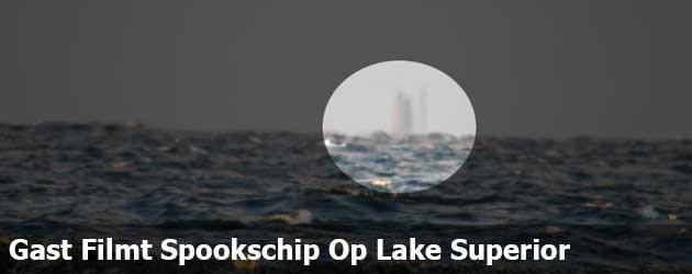 Gast Filmt Spookschip Op Lake Superior
