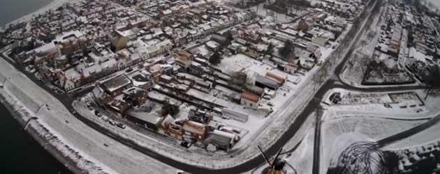 IJskoude Drone Beelden Van Sint Philipsland In De Sneeuw