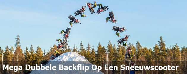 Mega Dubbele Backflip Op Een Sneeuwscooter