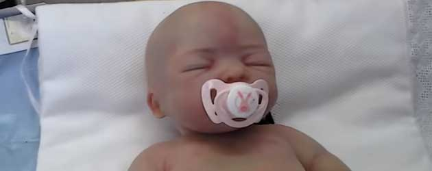 Extreem Realistische Robot Babies