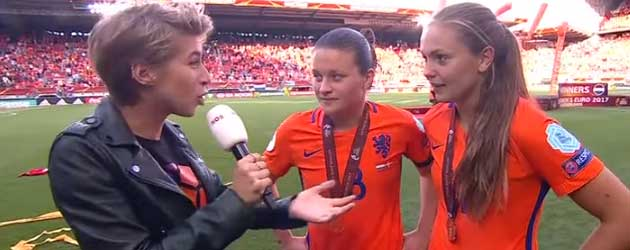 Dit Is Echt Het Grappigste Moment Van Het EK Vrouwen Voetbal